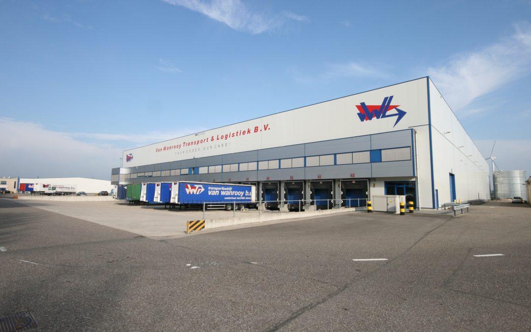 Nu te huur: 18.000 m² logistieke bedrijfsruimte in Oosterhout
