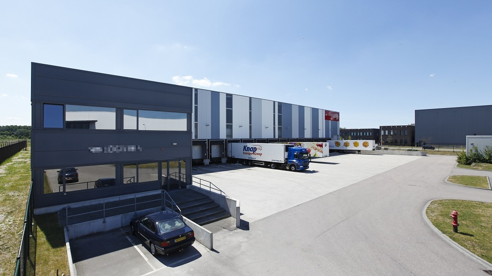 Hulshoff huurt 9.250 m² logistieke bedrijfsruimte in Amsterdam