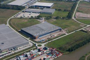 Luchtfoto's Distriport Tilburg 10-09-2015 (1)