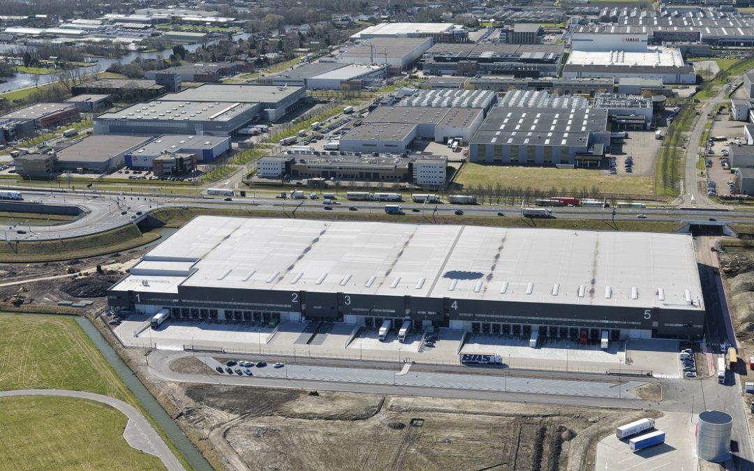 Borghese en LOGISTIS verhuren 5.000 m² aan Rapid Logistics op Green Mountains Schiphol